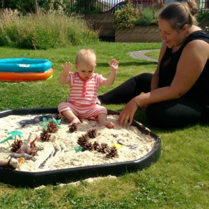 Summer messy play classes in Newcastle